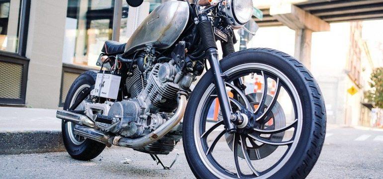 Pourquoi faut-il changer ses durites de moto?